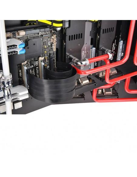 Thermaltake AC-050-CO1OTN-C1 liitäntäkortti/-sovitin PCIe Sisäinen Thermaltake AC-050-CO1OTN-C1 - 4