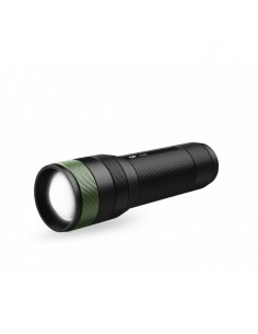 gp-lighting-c32-black-green-hand-flashlight-led-1.jpg