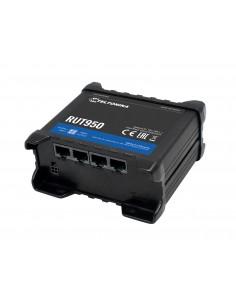 teltonika-rut950-4g-lte-3g-2g-router-1.jpg