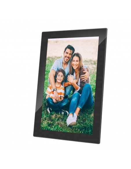 denver-10-1-digital-wi-fi-photoframe-with-frameo-photo-software-n-glass-in-front-of-screen-3.jpg