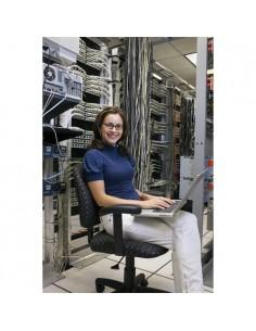 apc-wnsc010210-installation-service-1.jpg