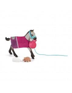 schleich-horse-club-playful-foal-1.jpg