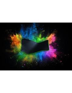 razer-golithus-chroma-gaming-mouse-pad-black-1.jpg